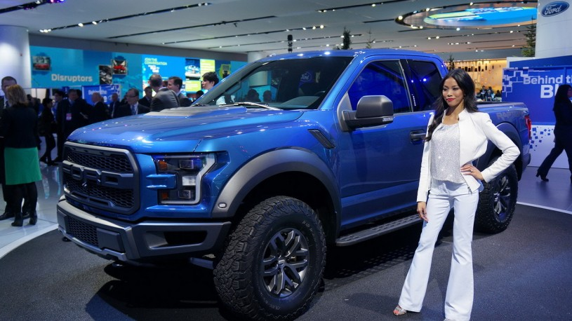 ford-f150-raptor-naias-2015__6_